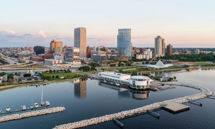 Milwaukee Skyline courtesy of https://visitmilwaukee.brandkit.io/